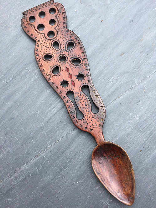 A  mid 19th century antique Welsh Lovespoon