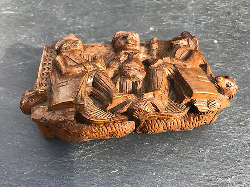 Antique Snuff Box - Carved by a blind man