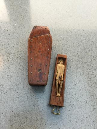 Antique snuff boxes - wooden coffin puzzle snuff