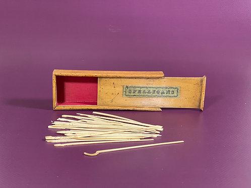 Antique Spellicans Game - original box