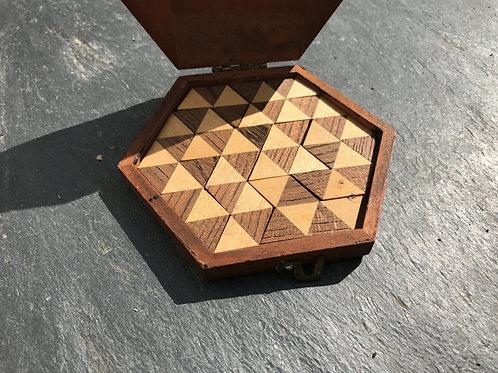 Antique Puzzle Game