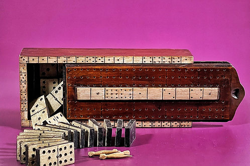 An Unusual Dominoes set, Box & scoring Board