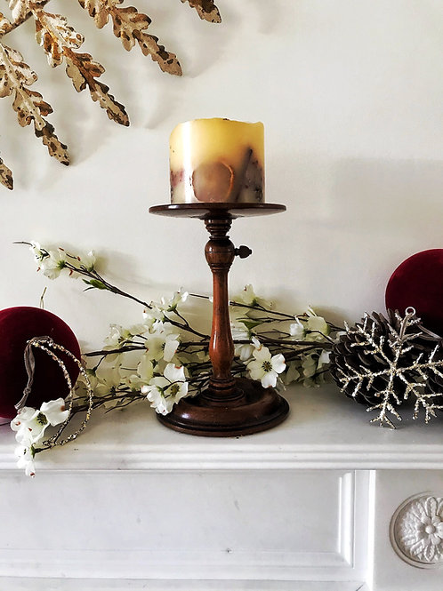 A Georgian Mahogany Adjustable Candle Stand