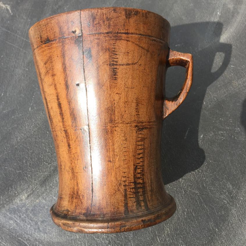antique treen lamhog