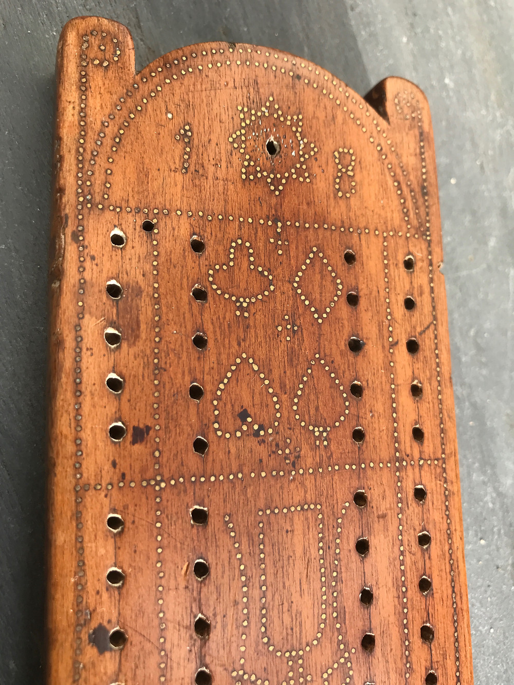 Antique cribbage board, for sale, Opus Antiques