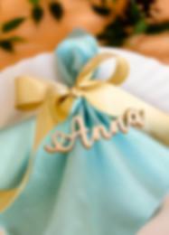 galda karte, galda kartes, galda kartes kāzām, kāzu galda kartes, svinību dekori, dekori svinībām, galda dekori, dekori svētku galdam, galda numuri, numuri galdiem, sēdvietu kartes