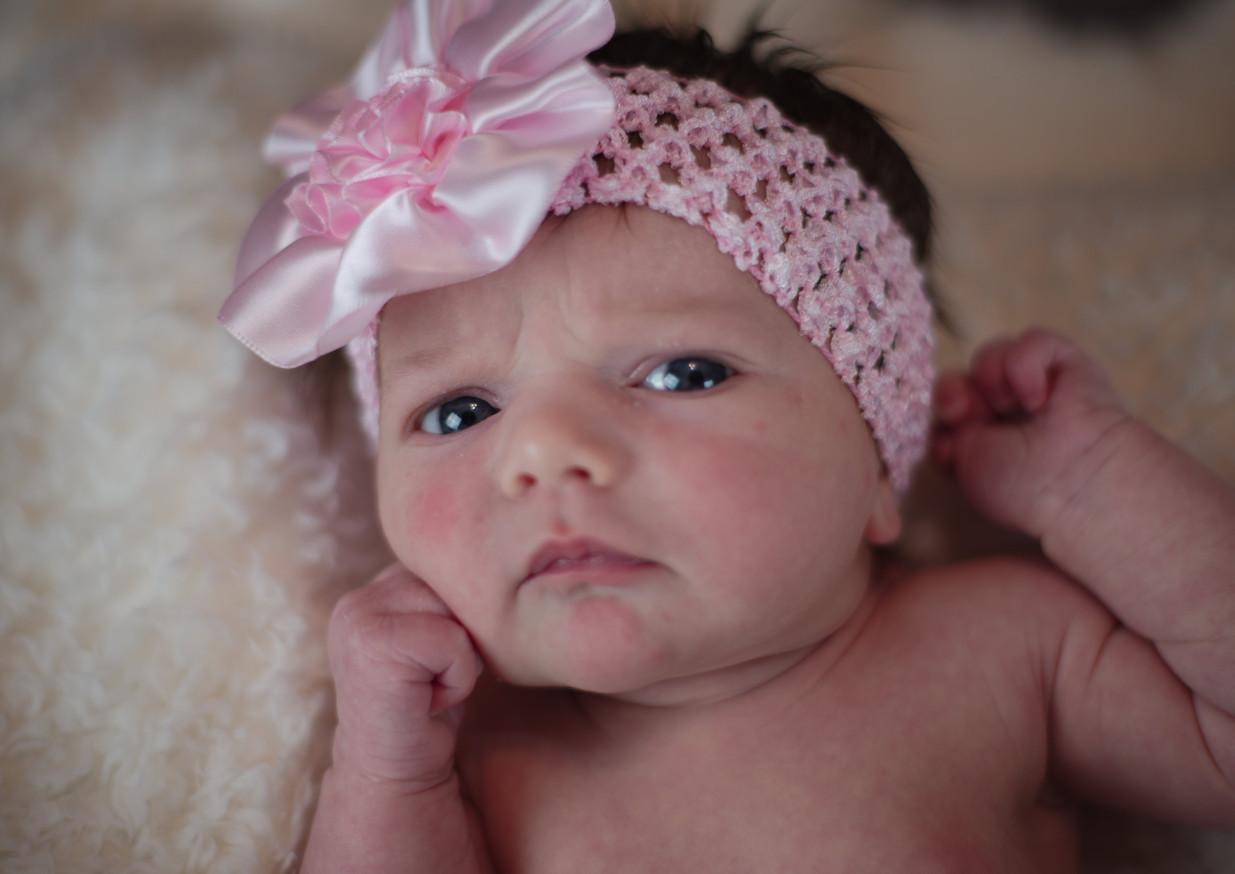 Raiyah newborn_36_1.jpg