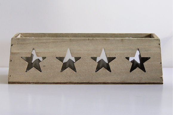 Wooden star tealight holder