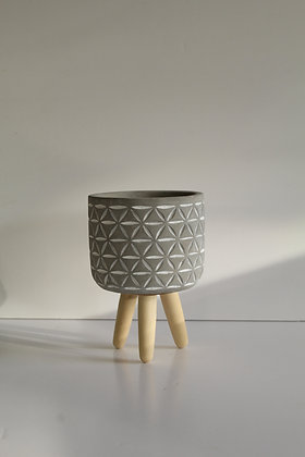 Plant pot with tripod wooden legs