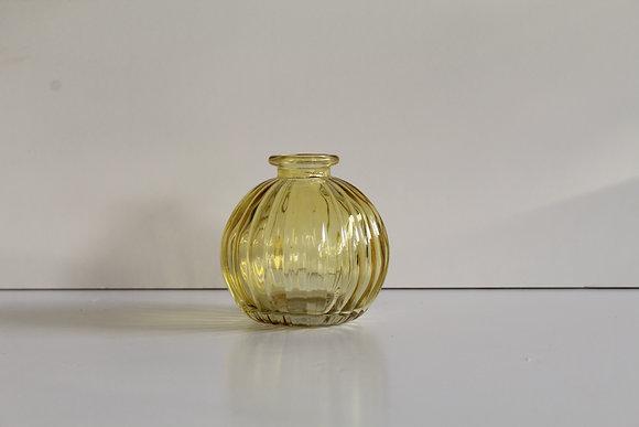 Yellow bud vase (single)