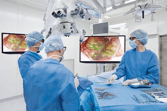 csm_Neurosurgery-Arveo-OR_5a0376b1be.jpg