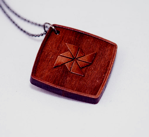 Wood. Laser Engrave. Necklace.