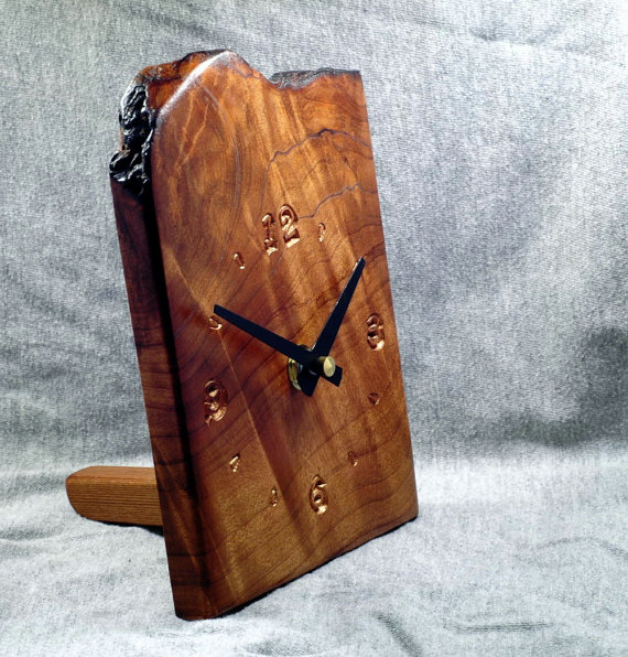 Wood. Laser Engrave. Clock