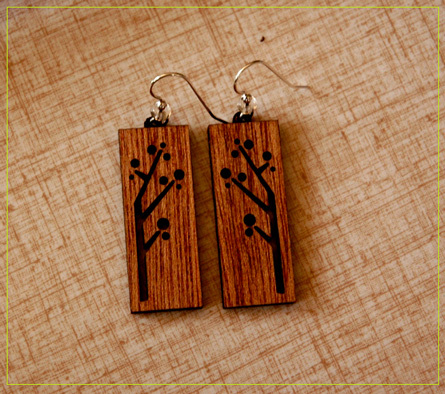 solid wood engravings pendants