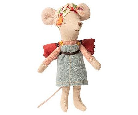 Hiker mouse, Big sister