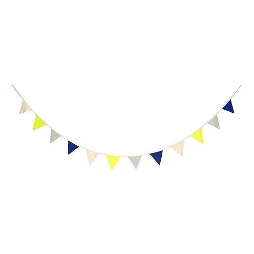 Banderole bleue tricotée