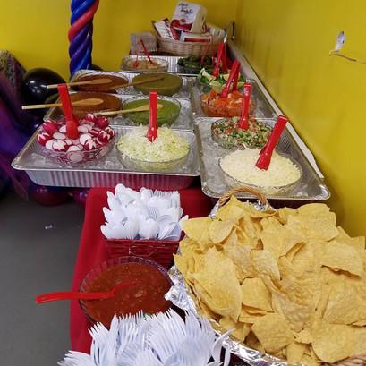 TacosElPariente chips.jpg