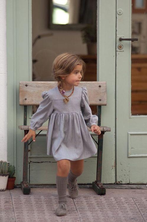 Bébé Belle Grey Cable Knit Knee High Socks - £5.00