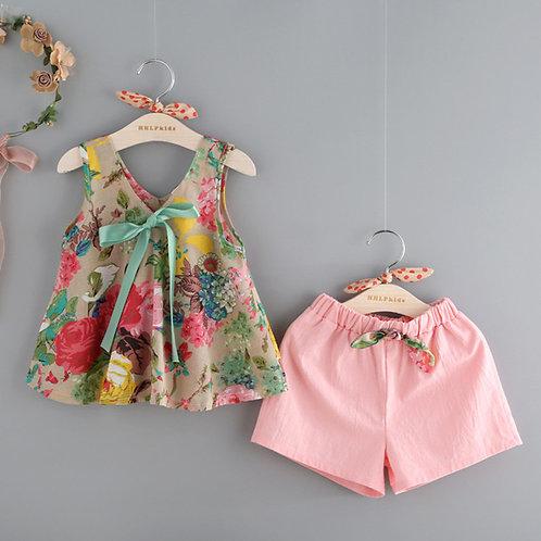 Camiseta Floral Vest & Shorts Set