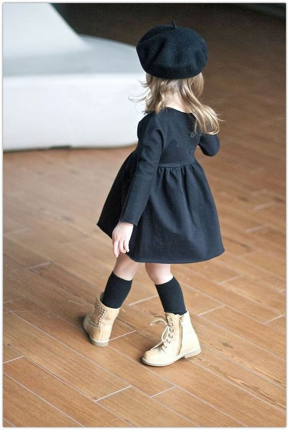 Bébé Belle Simple Bow Black Knee High Socks