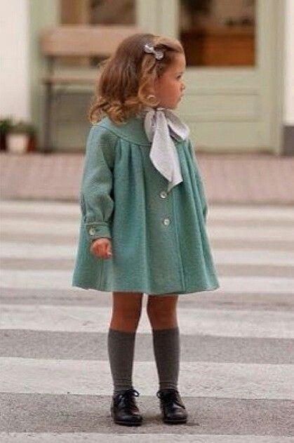 Bébé Belle Simple Bow Grey Knee High Socks