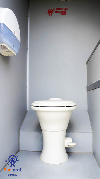 W.C. de porcelana con pedal flush