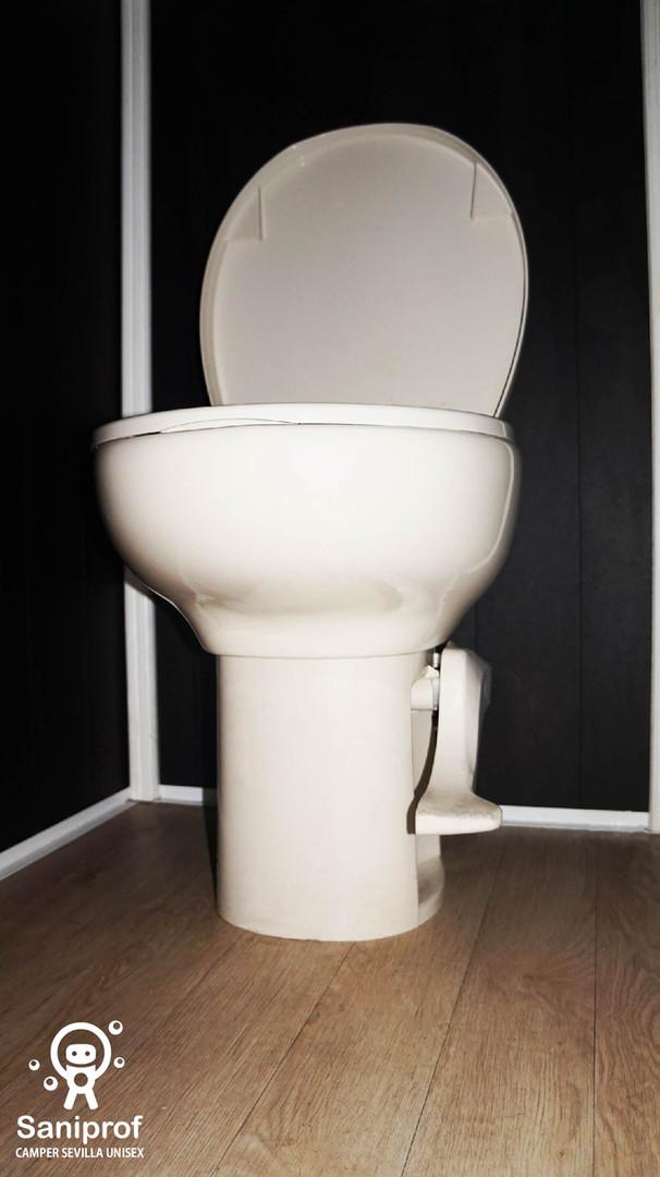 W.C. de porcelana con sistema de flush