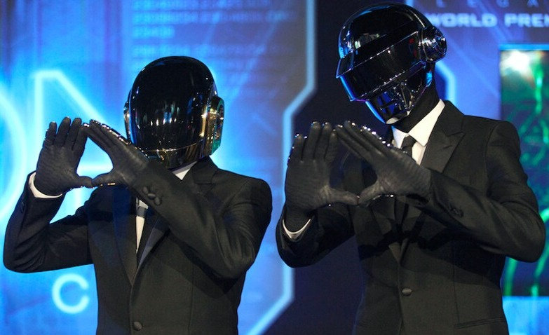 One more time les Daft Punk Please