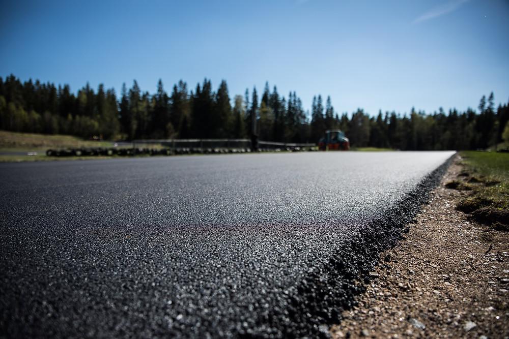 Ny asfalt i Borås och bara ett år sedan i Malmö
