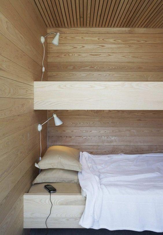 Tyylikkään moderni puinen kerrossänky sopii aikuisempaan mak