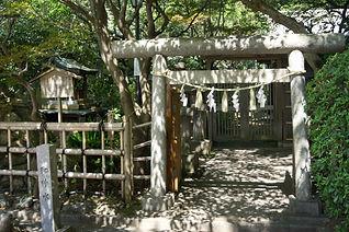 Tamashimizu Yashiro 多摩清水社