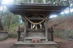 Sansha Jinja  Nagano-ken, Shiojiri-shi, Seba 6129-6130