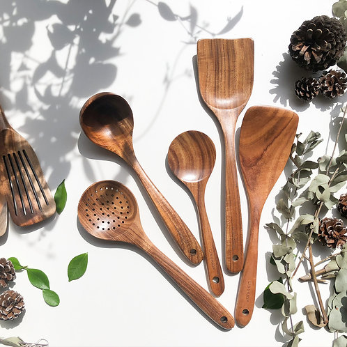 Eco Friendly Acacia Wooden Utensil Set (5 pieces) & Turners