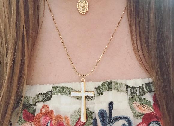 Faithful layered necklace set