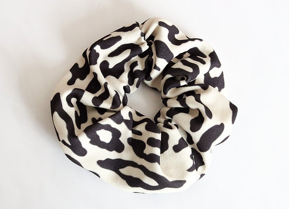 Cora Hair Scrunchie