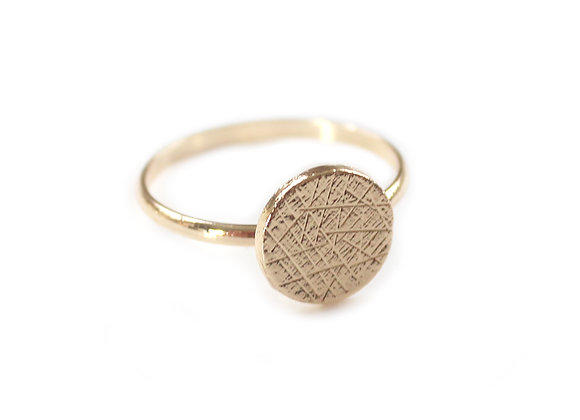 Eclipse Golden Tone Ring