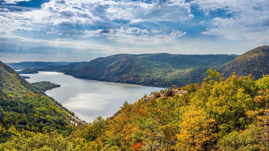 panoramic-view-from-breakneck-ridge-6161