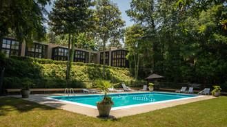 The-Inn-at-Middleton-Place-pool.jpg