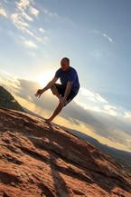 Sedona-yoga-hike.jpg