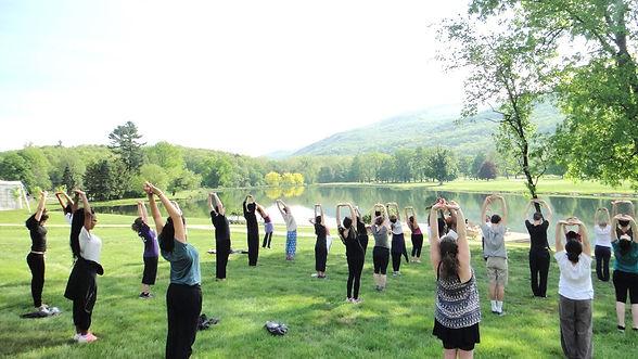 honors-haven-retreat-center-yoga-grass-l