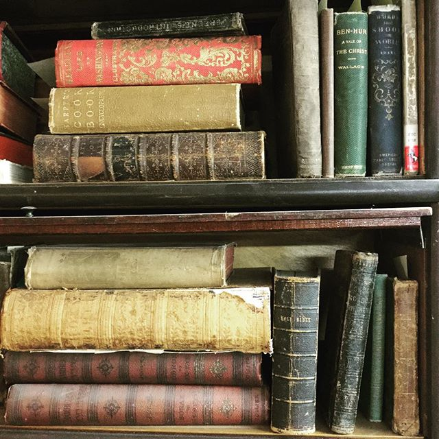 #antique #book shelves for your bad selves
