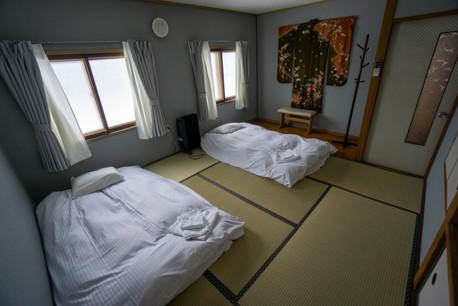 Motomachi kimono bedroom