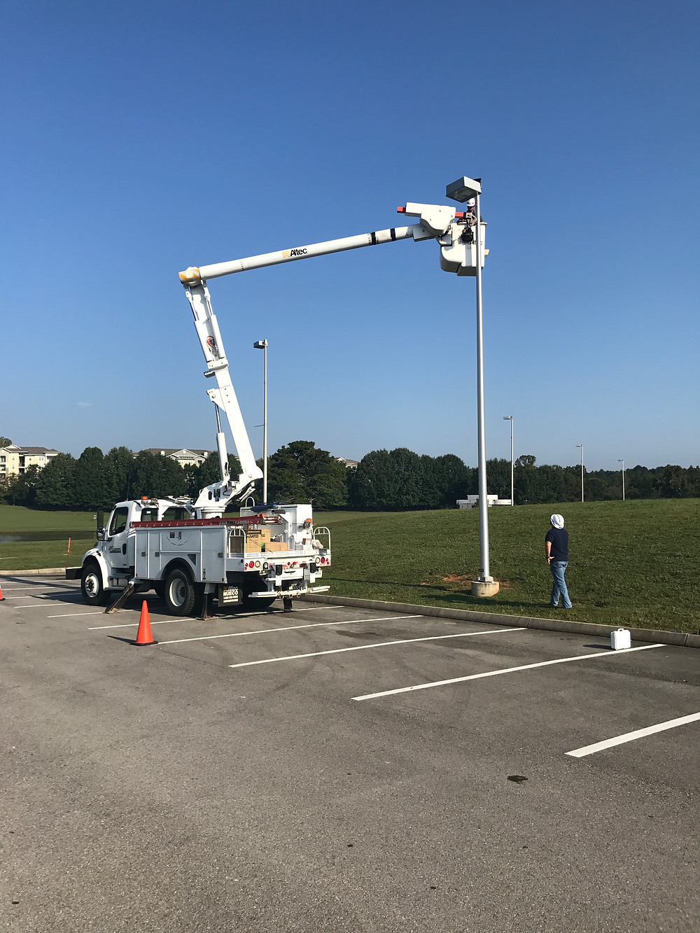 Lloyd's Electric mounting our long-term time lapse solution.