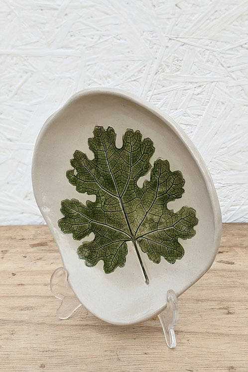 Large leaf plate (1 in stock) Made to order