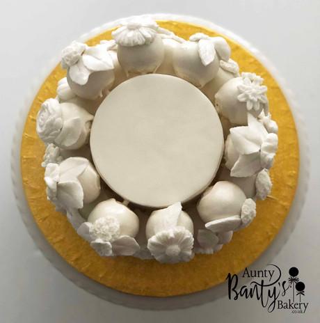 White Floral Celeb Cake Image 2 with Log