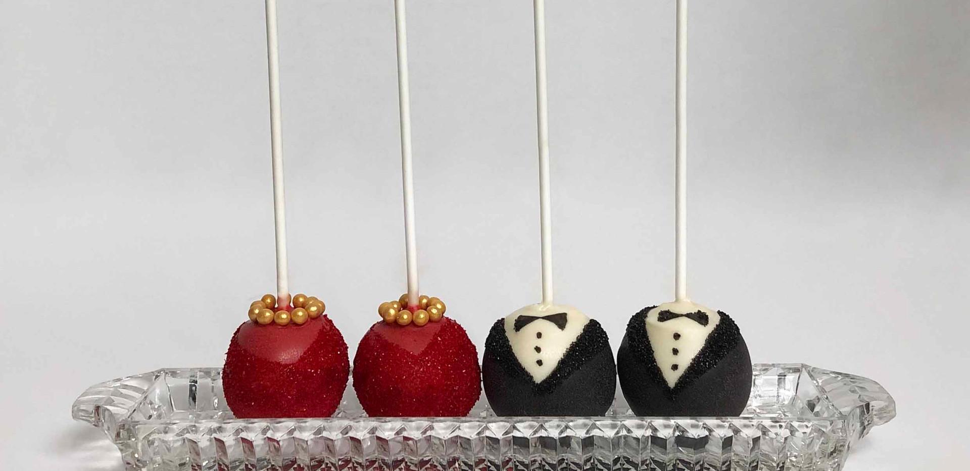 Desi Bride & Groom Pops Image 2 with Log