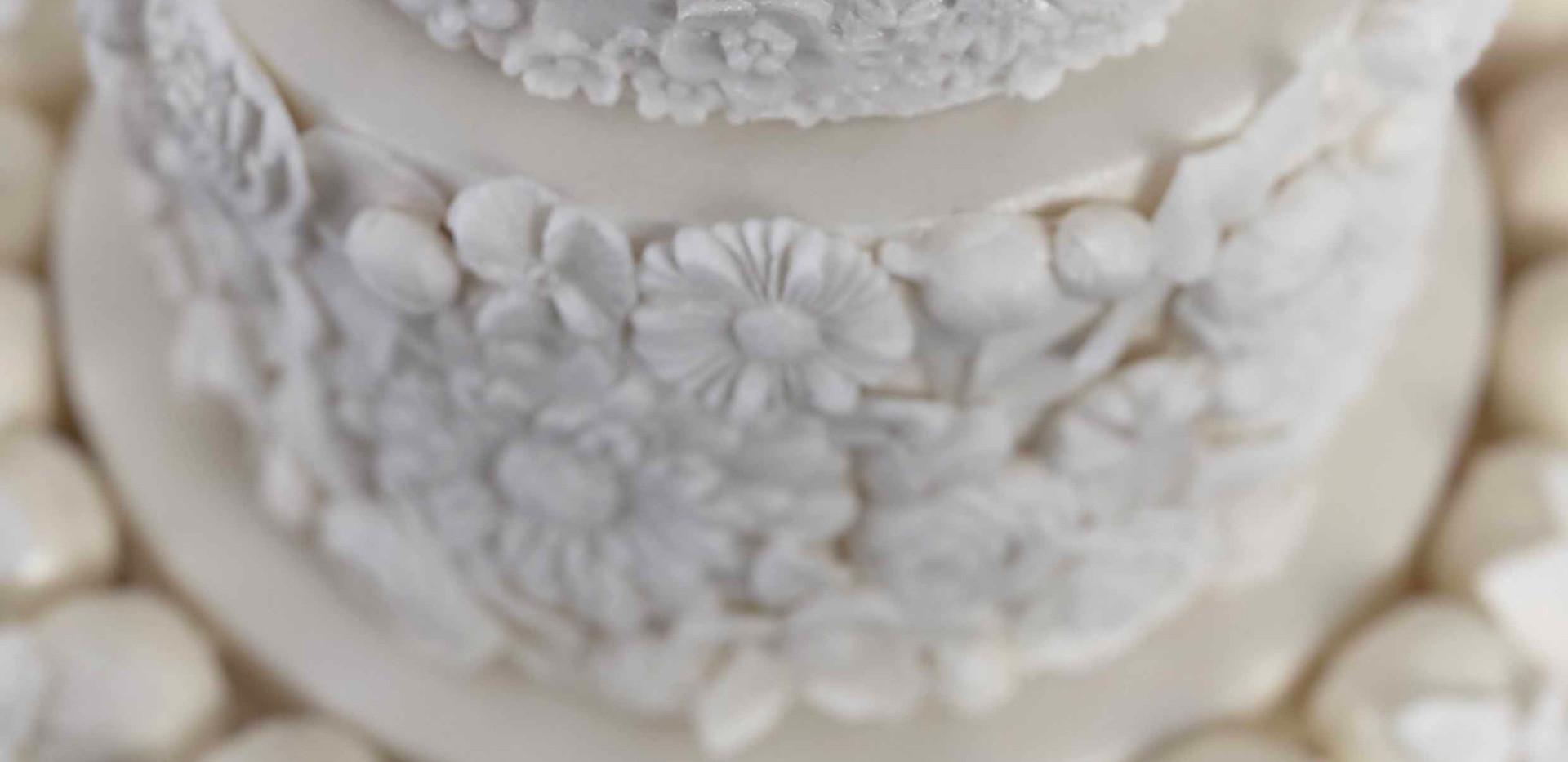 Floral Wedding Cake Image 2 with Logo LR