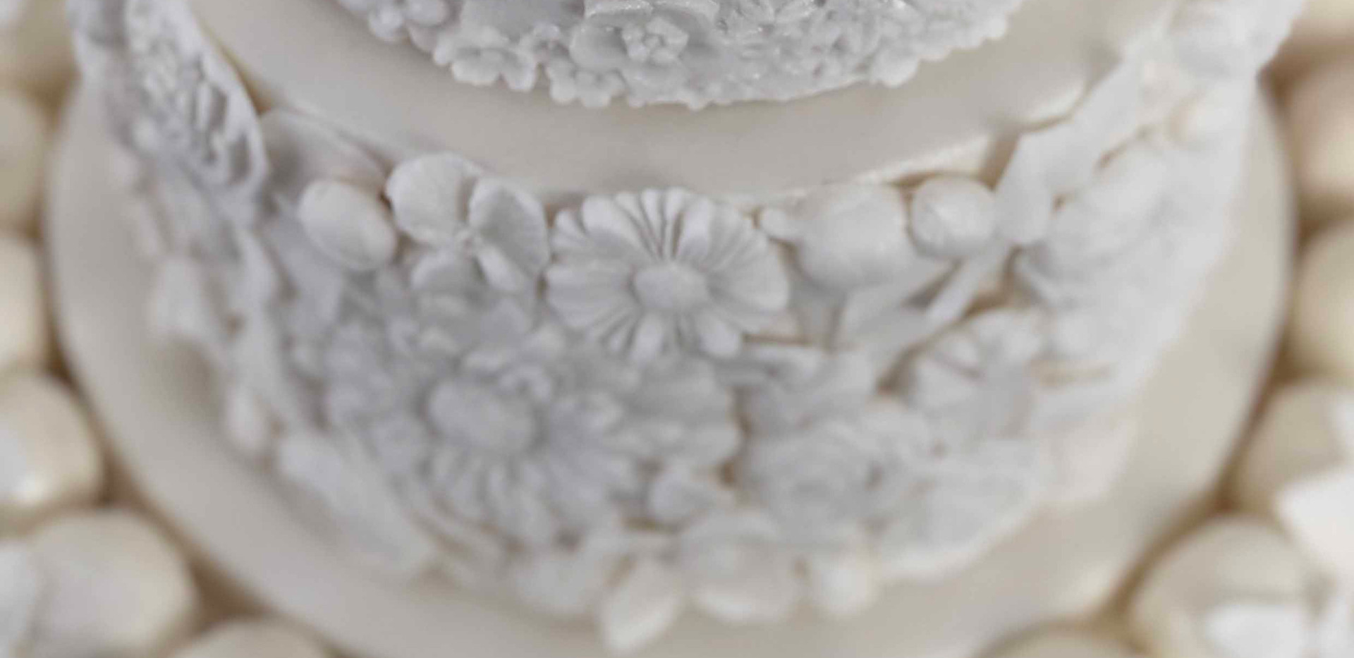 Floral Wedding Cake Image 2 with Logo LR