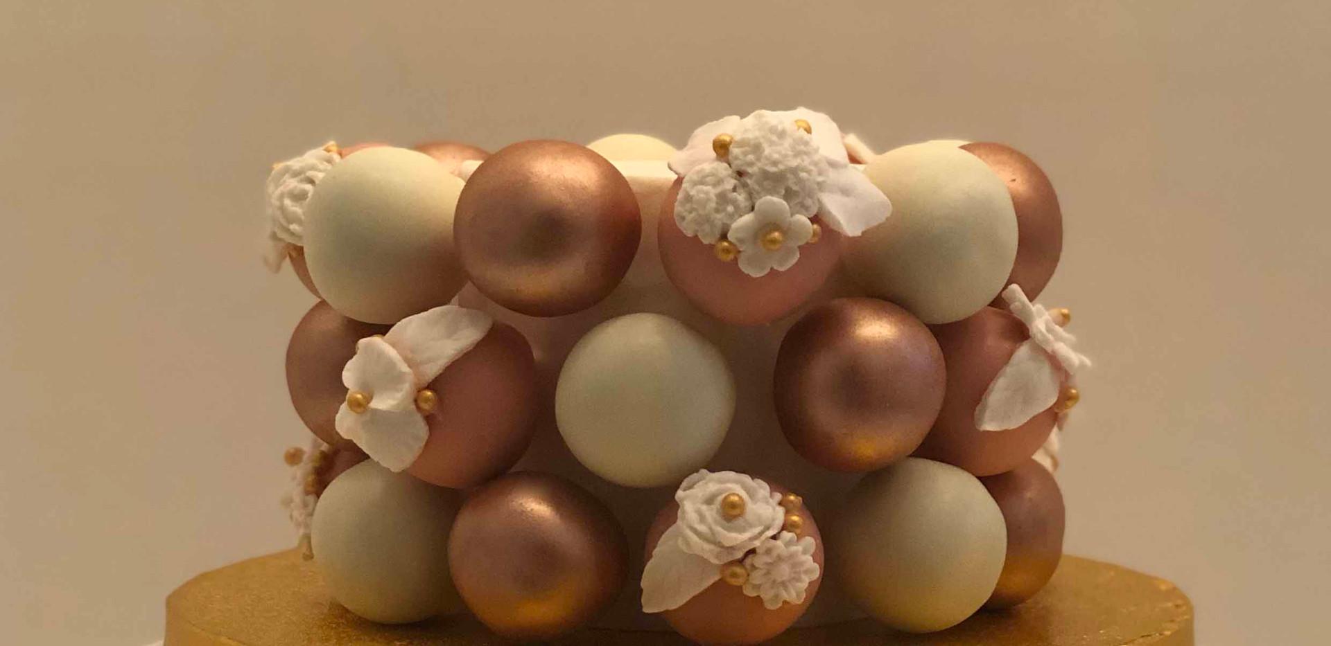 Rose Golf Floral Celebration Cake Pic 3