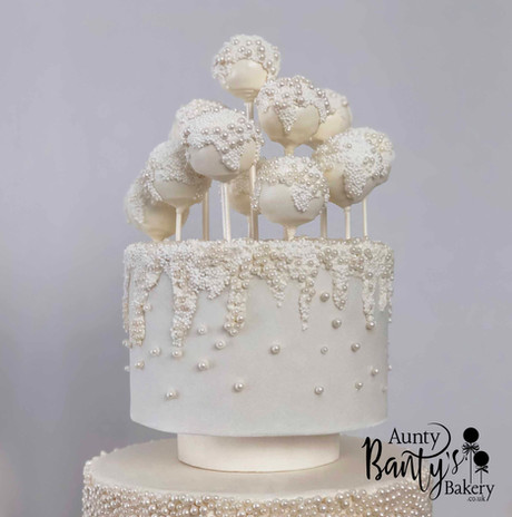 Pearl Drip Wedding Cake Image 6 with Log
